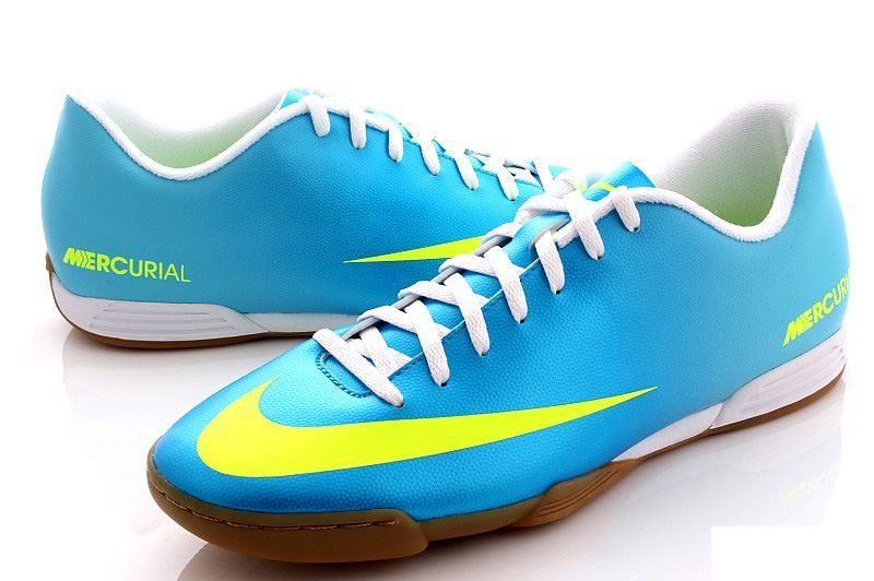 Daftar dan Harga Sepatu Futsal Murah 2019  166894ffc7